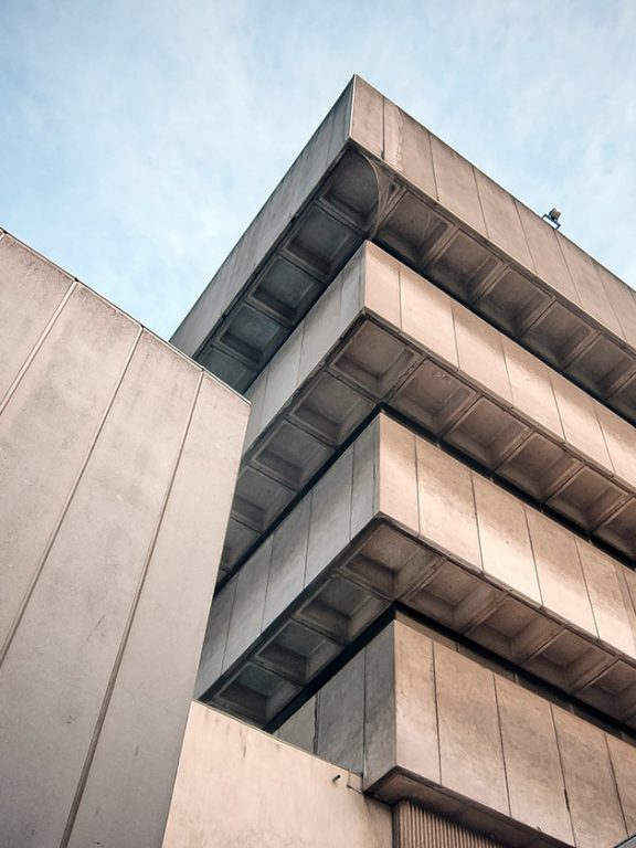 Meet Brutalism: The Design Trend that is Driving UX and UI Guys Crazy